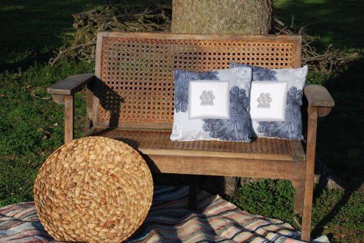 tienda Belinda Carasucia diseño taurino comercio electrónico cojines cojín cuadrado alamar azul y gris CU035 foto alternativa