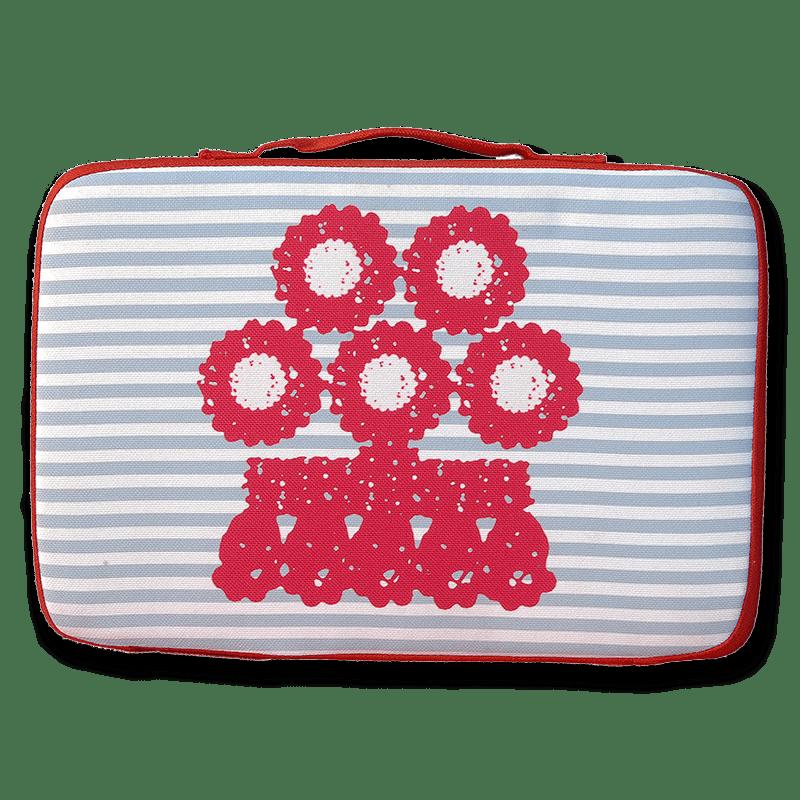 tienda Belinda Carasucia diseño taurino comercio electrónico almohadillas almohadilla alamar rojo fondo rayas azules AL012-A