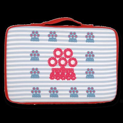 tienda Belinda Carasucia diseño taurino comercio electrónico almohadillas almohadilla alamares pequeños rojo y azules fondo rayas azules AL014-b