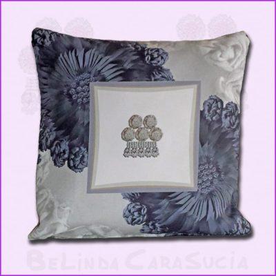 tienda Belinda Carasucia diseño taurino comercio electrónico cojines cojín cuadrado alamar azul y gris CU035