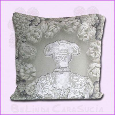 tienda Belinda Carasucia diseño taurino comercio electrónico cojines cojín cuadrado torero gris CU037